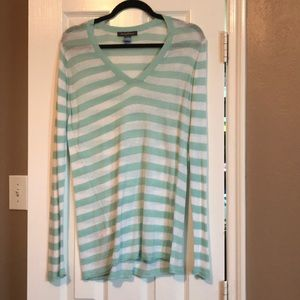 Tommy Bahama light sweater